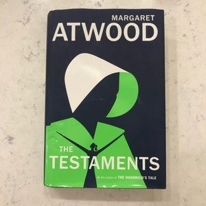 💚3/$15 - Margaret Atwood The Testaments Book💚